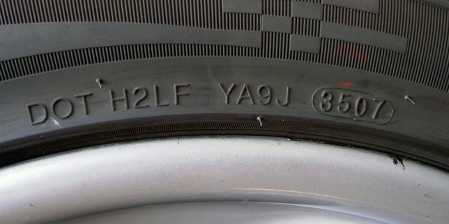 How to read date on tires in Brisbane
